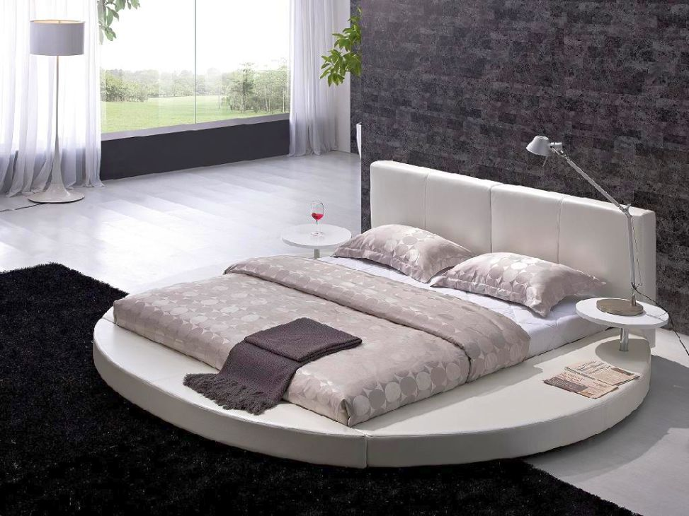 Attractive Round Bed Design Featured in Minimalist Comfy Bedroom