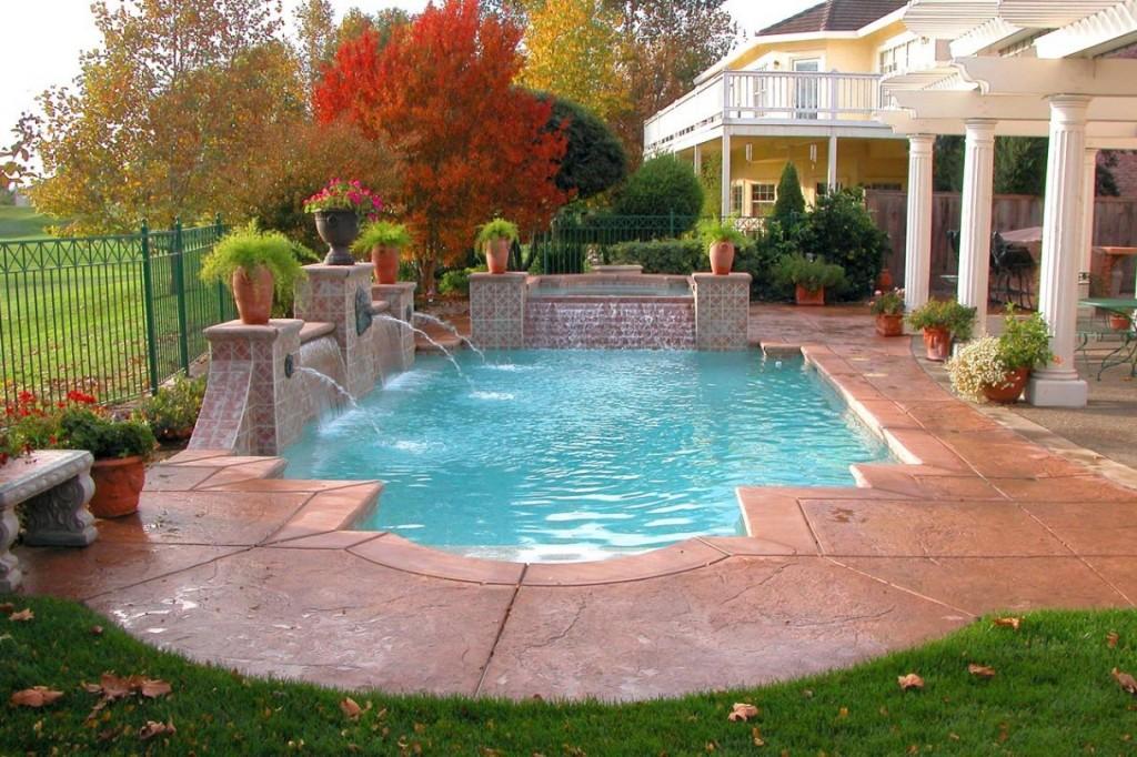 Formal Roman ocean blue grecian 3-tier floating pool fountain