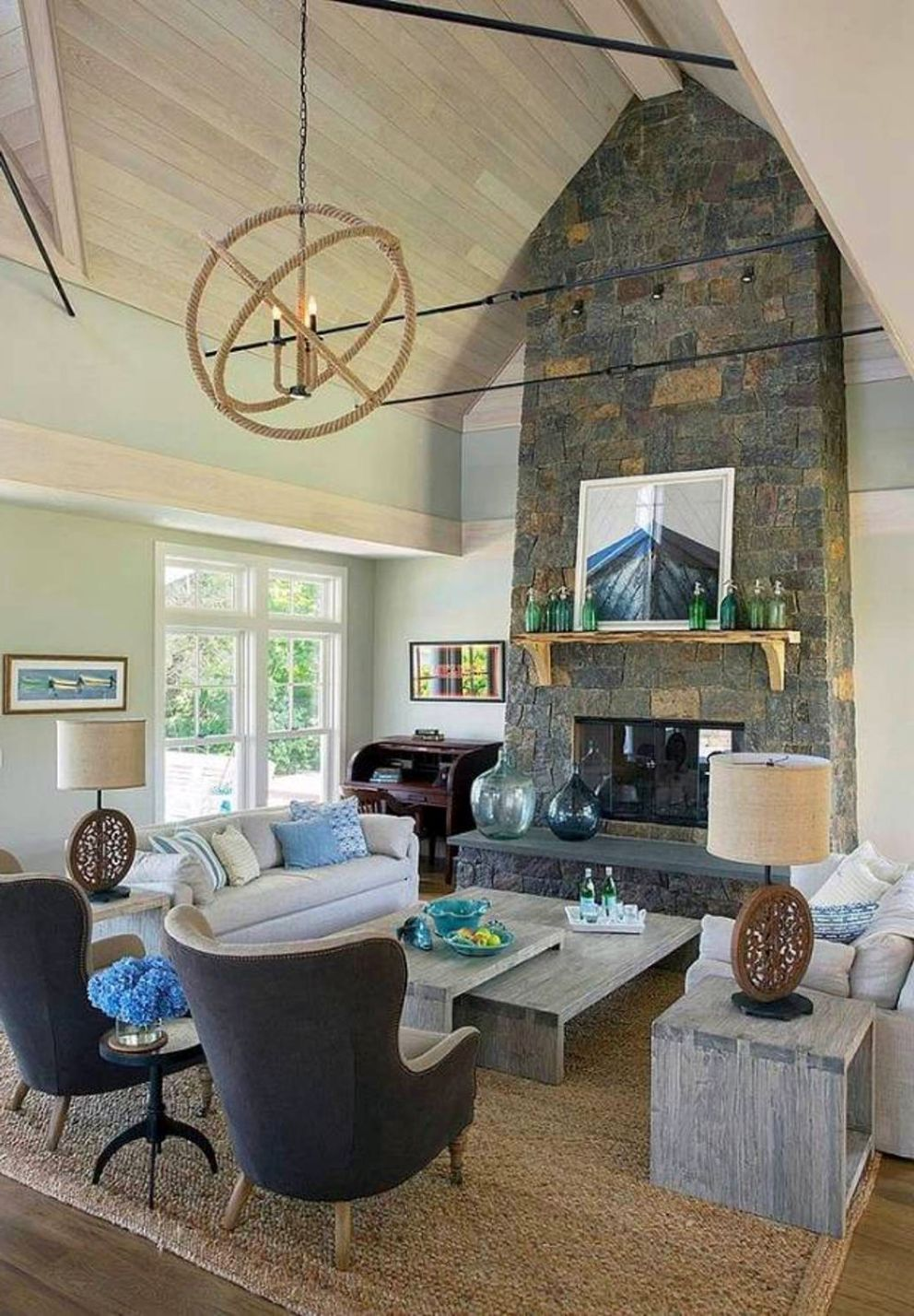 16 most fabulous vaulted ceiling decorating ideas for Create living room layout