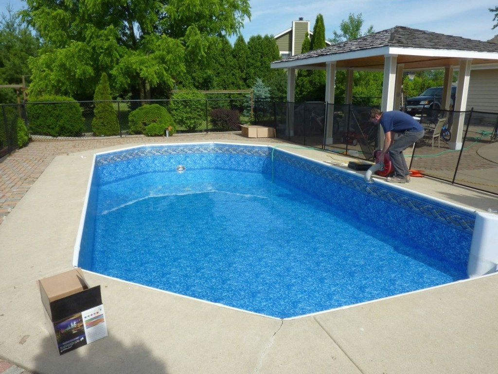 slick and modern grecian pool liner - Roman Swimming Pool Designs