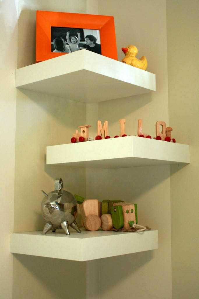 Three tiered half zig zag small corner shelving unit