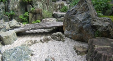 Zen style gardening with rocks ideas