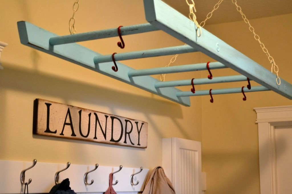 19 laundry room clothes hanger racks design ideas. Black Bedroom Furniture Sets. Home Design Ideas