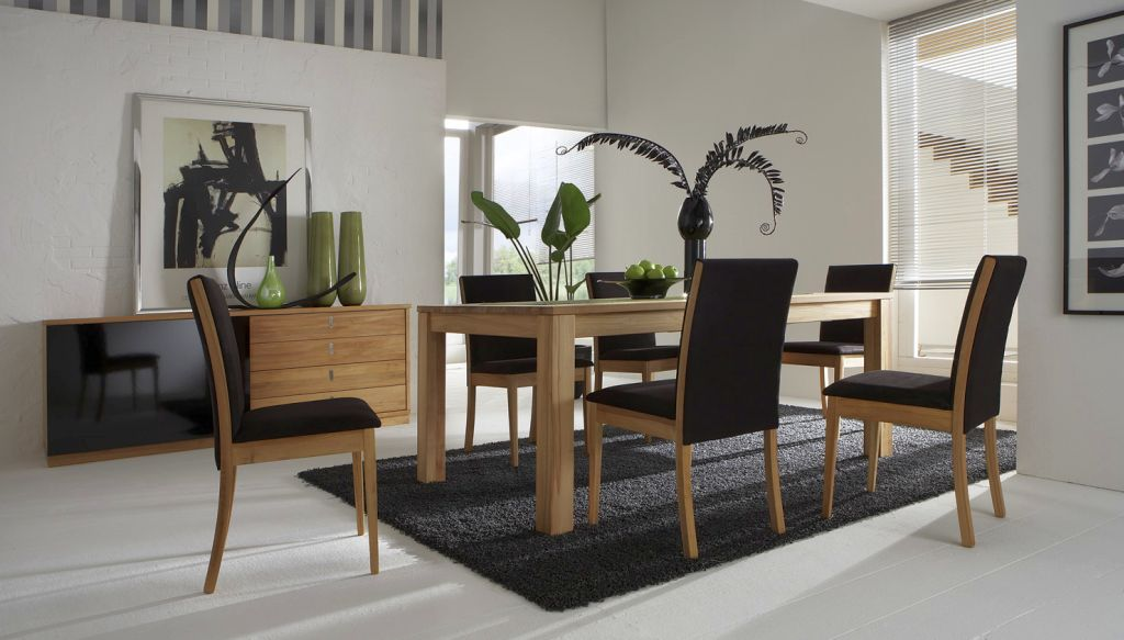 http://www.myaustinelite.com/wp-content/uploads/2014/12/simple-black-dining-table-chairs-designs.jpg