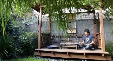 Peaceful japanese style backyards with airy gazebo