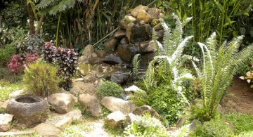 Small Japanese Garden Ideas with Various Bush Plants