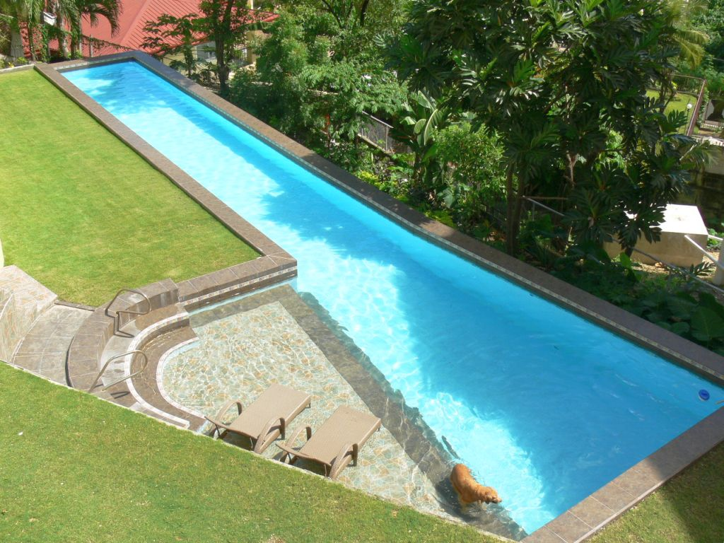 Asymetric lap pool designs with small deck Lap pool ideas