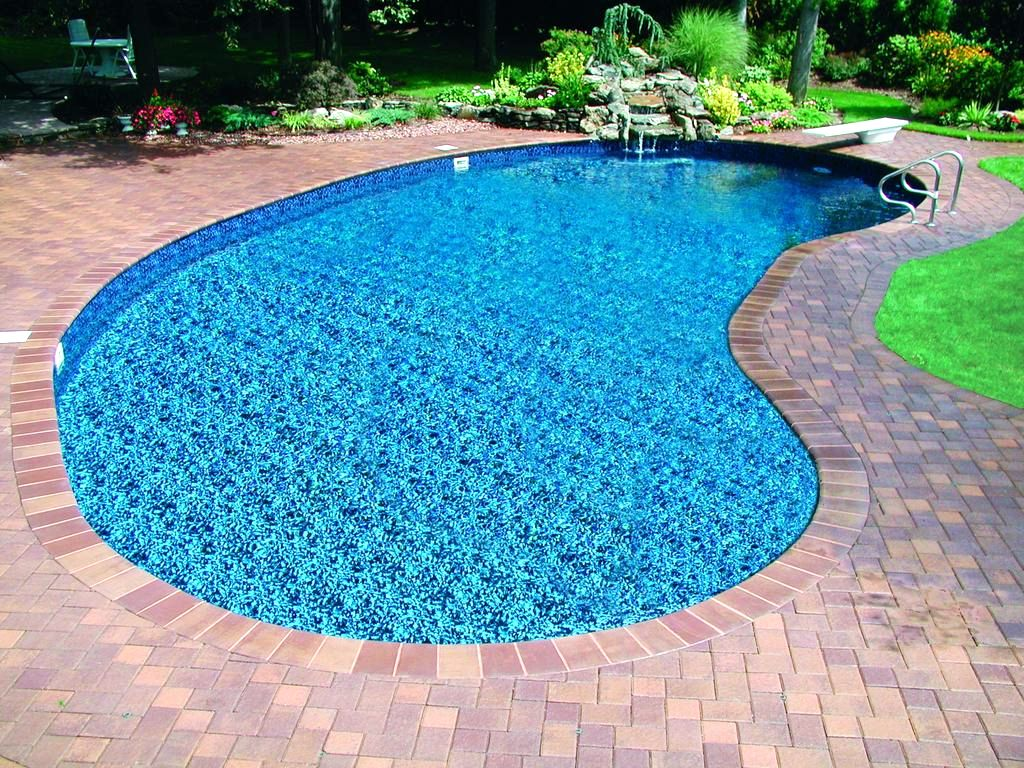 20 exquisite kidney shaped swimming pool ideas