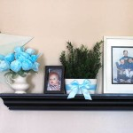 blue themed floating shelf decorating ideas