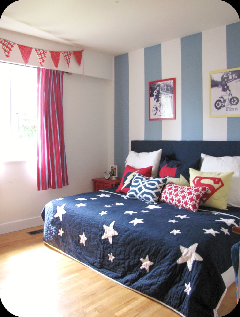 20 Refreshing Boys Blue Room Design Ideas