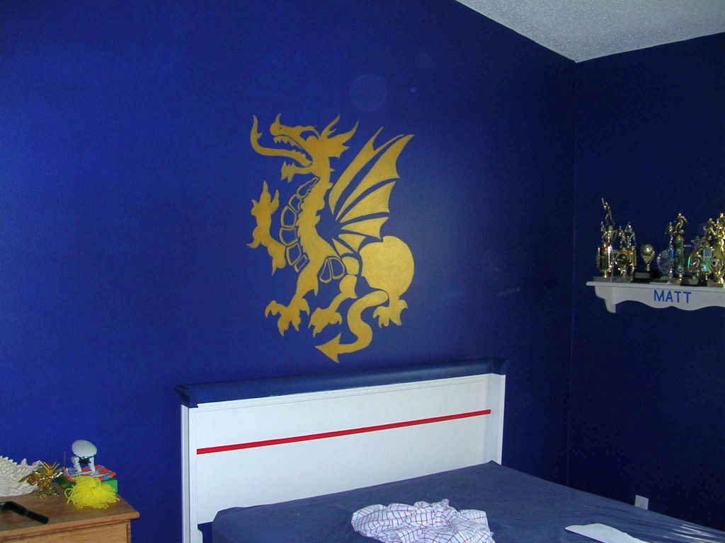 boys blue room with dragon decal