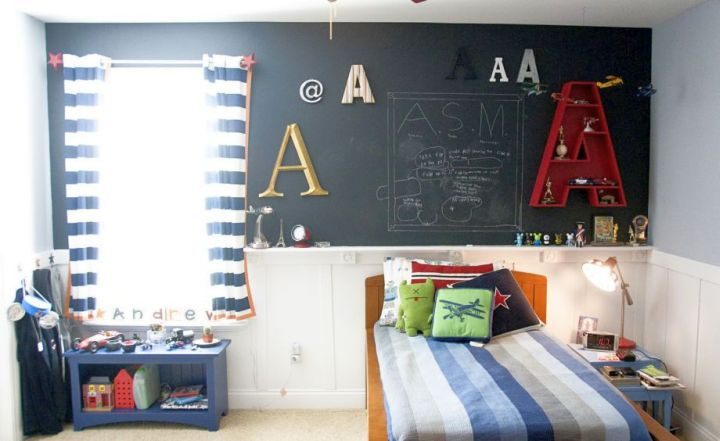 18 joyous paint color ideas for boys rooms for Boys bedroom designs for small spaces