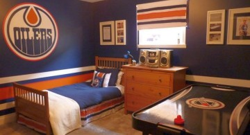 boys room paint ideas in Hockey theme