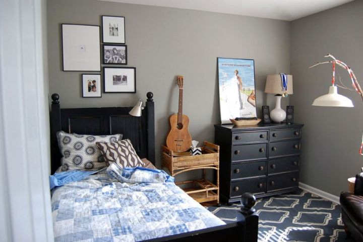 18 joyous paint color ideas for boys rooms for Boys room blue paint