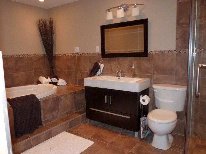 brown bathroom designs