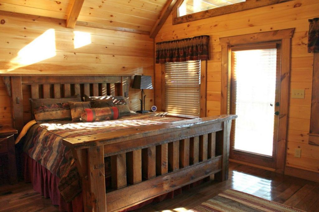 cabin bedroom decorating ideas with dark wood