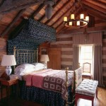 cabin bedroom decorating ideas with half canopy