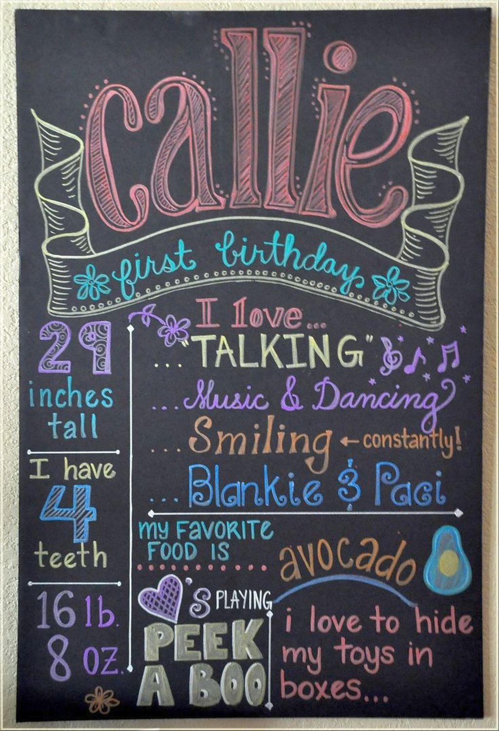 chalk writing Modify a simple chalk brush then use it to create a nice colorful chalk text effect.