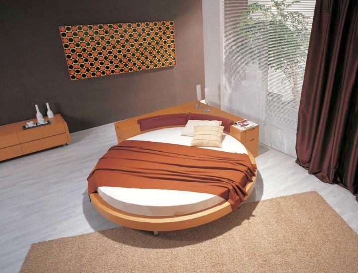 circular bed in earth tones