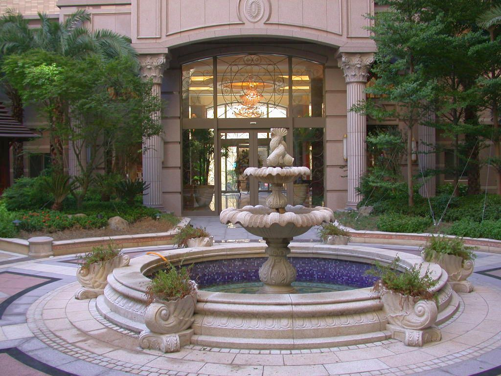 Classic front yard landscape fountain design ideas for Fountain grass landscaping ideas
