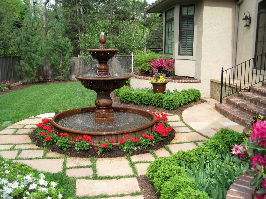 classic shaped landscape fountain design ideas