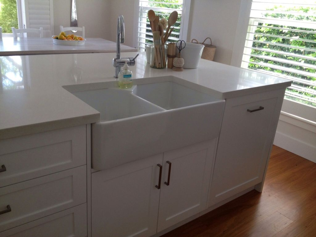 how to cut benchtop for laundry sink