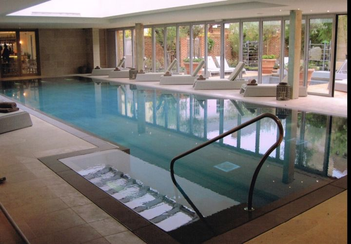 contemporary indoor swimming pool
