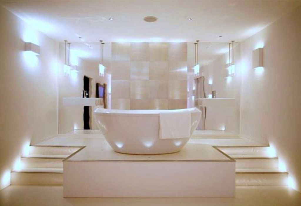 Contemporary master bathroom lighting ideas for Master bathroom ideas photo gallery