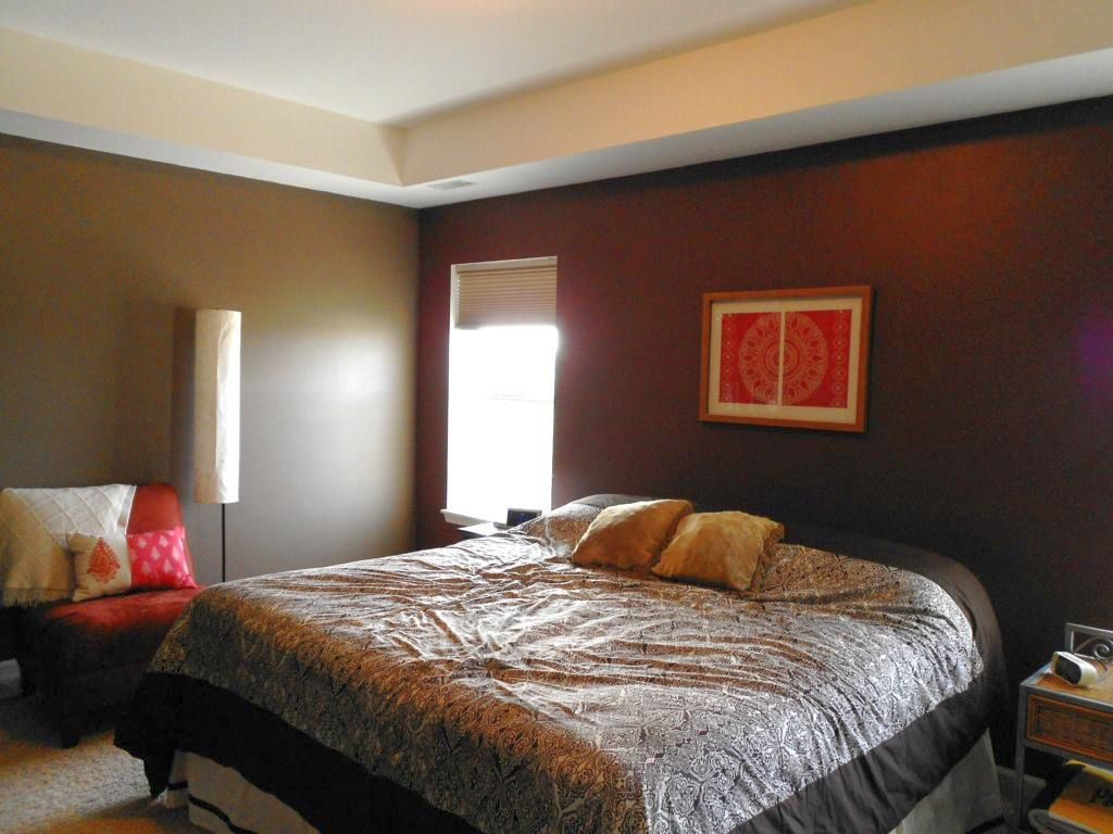 Contemporary tray ceiling bedroom for small space for Small contemporary bedroom