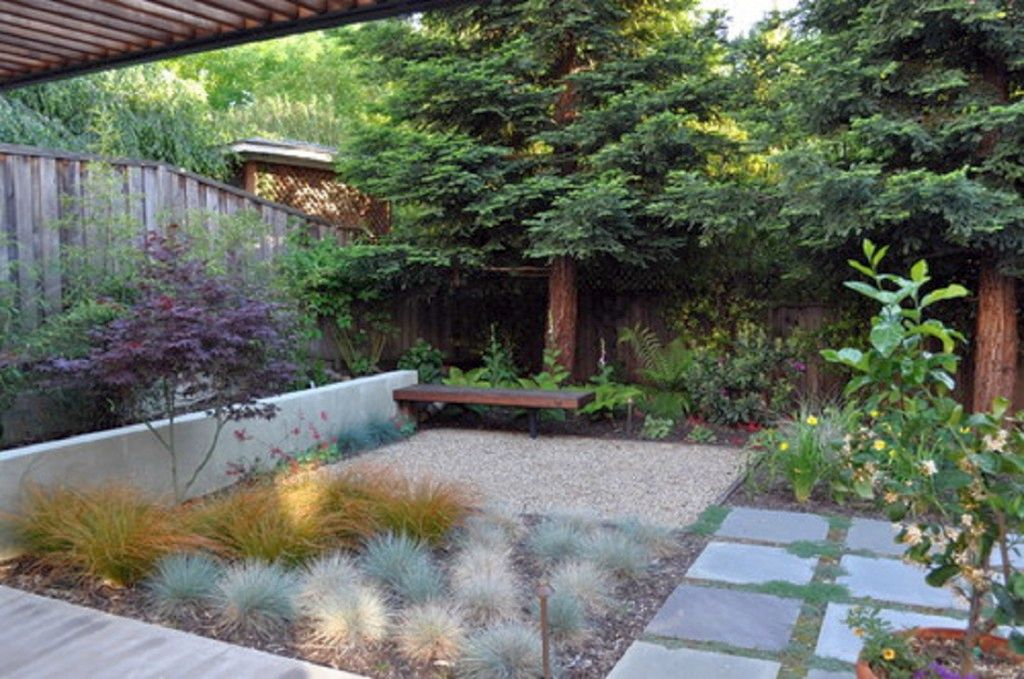 Cool japanese garden backyard design for Courtyard stone landscape