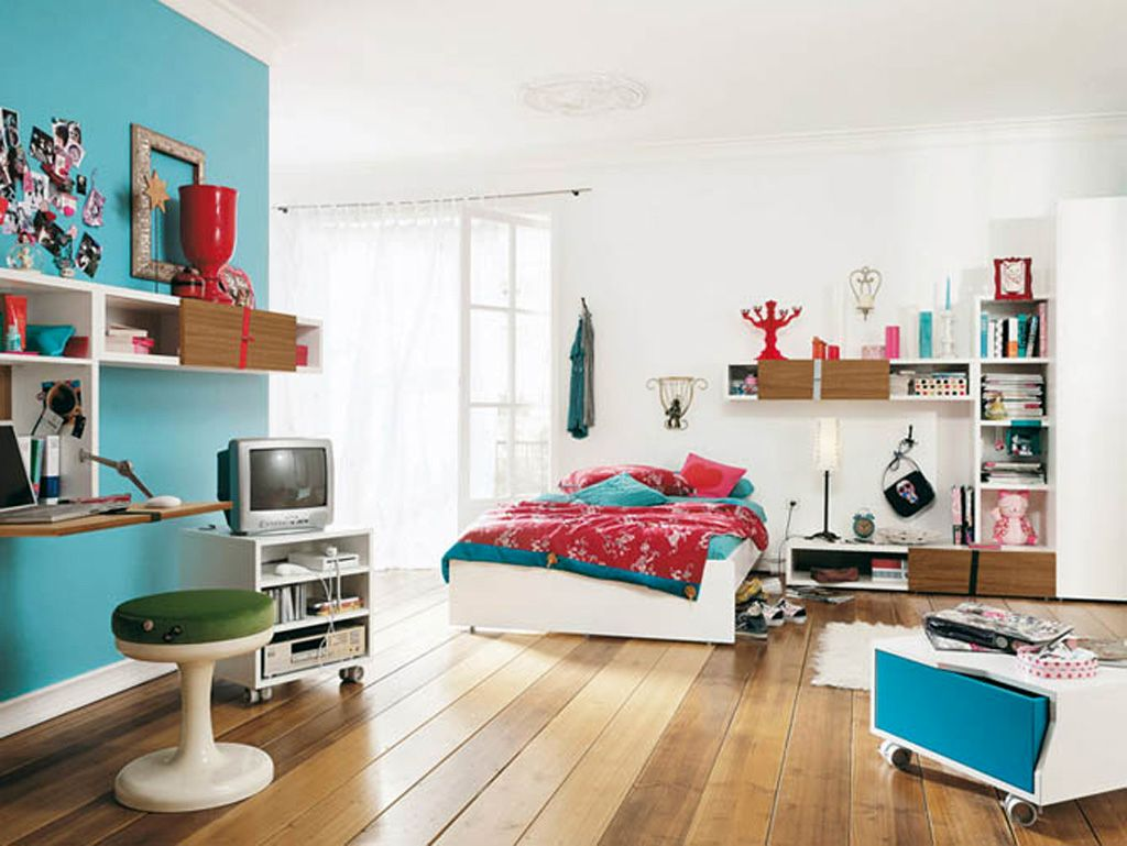 cool bedrooms for teenage guys in blue and white