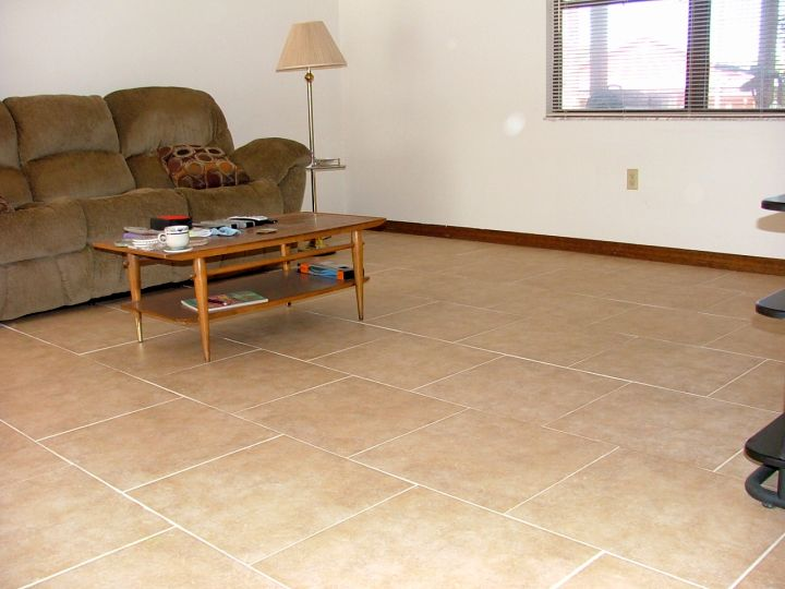 19 tile flooring ideas for living room to look gorgeous for Tiles in a living room