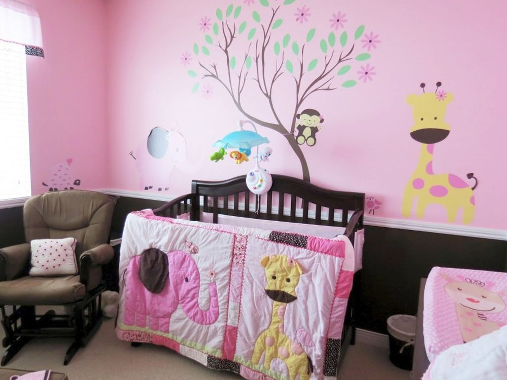 cute baby girl bedding ideas that matched the wall decals