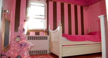 cute girls bedroom ideas for small space in pink and brown tone