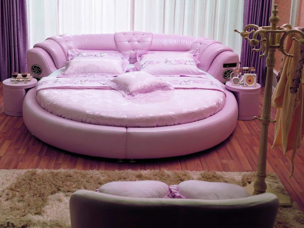 Cute shaped pink unique beds for girls for Interesting couches