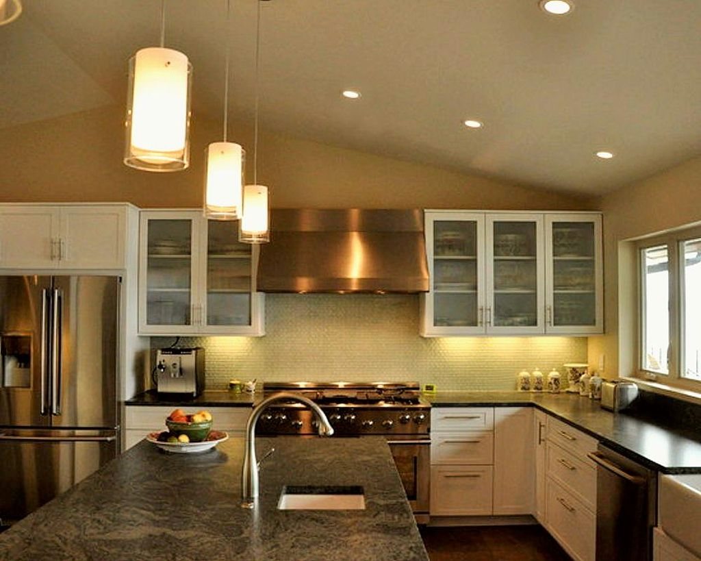 20 amazing mini pendant lights over kitchen island for One pendant light over island