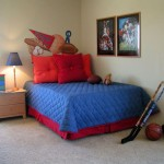 easy and minimalistic hockey bedrooms idea for small space