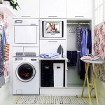 floral wallpaper for small laundry room designs