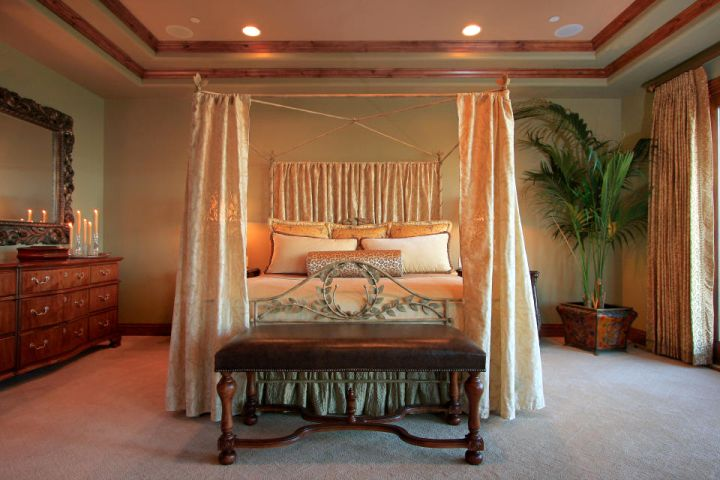 20 good looking tuscan style bedroom furniture designs for Looking for a 4 bedroom