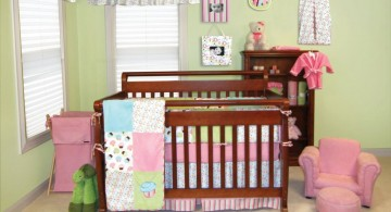 green walled pink baby room ideas