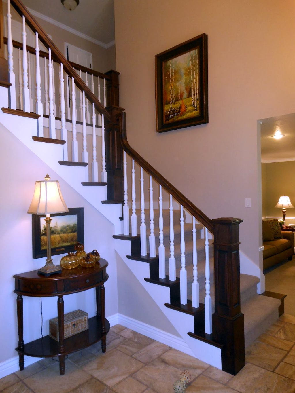 Small Foyer Stairs : Brilliant small entry table ideas