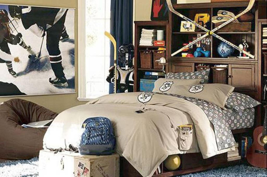 18 unique hockey bedroom design ideas for teenage guys 18 unique hockey bedroom design ideas for teenage guys