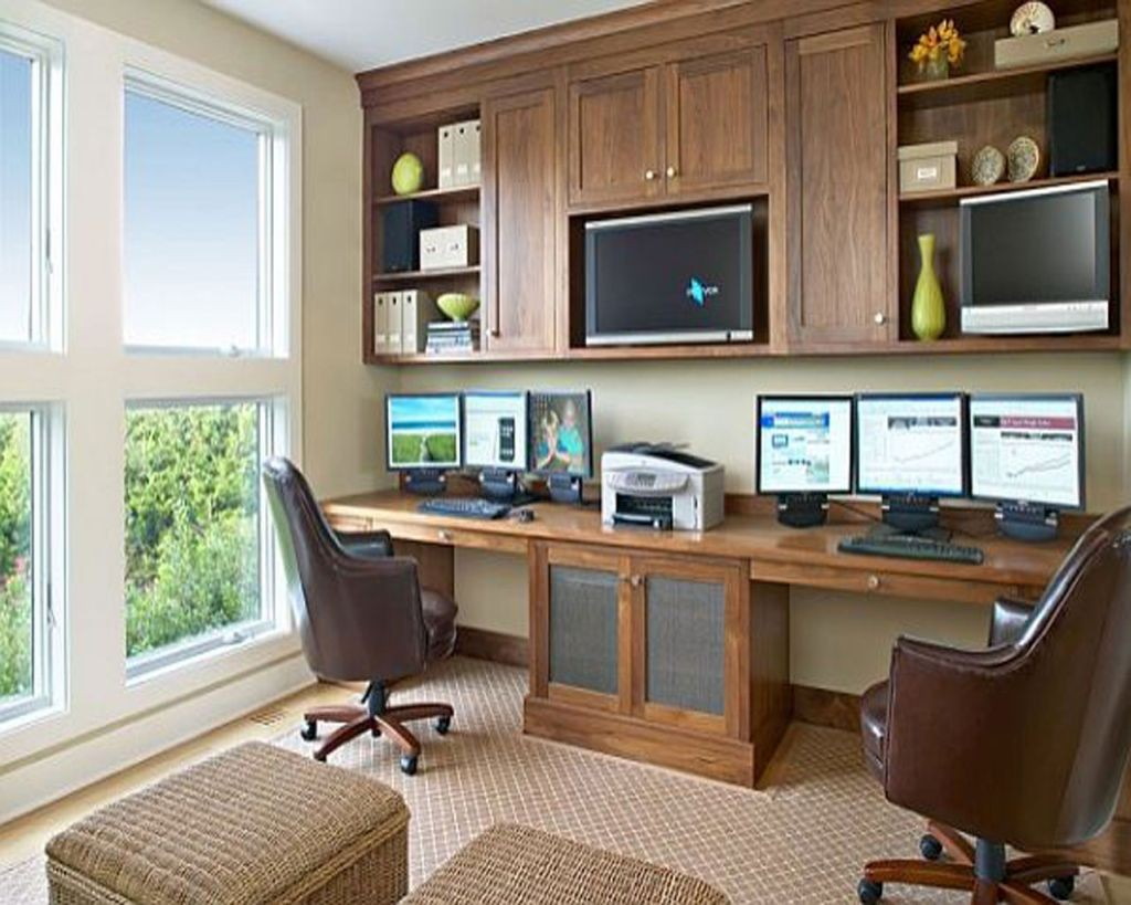 20 inspiring home office design ideas for small spaces for Small professional office design ideas