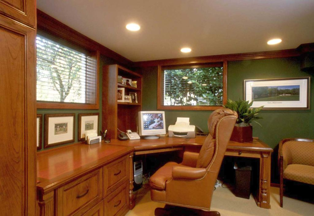 20 inspiring home office design ideas for small spaces for Large home office