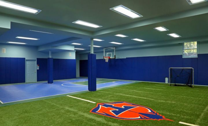 19 modern indoor home basketball courts plans and designs for How to build a basketball court at home
