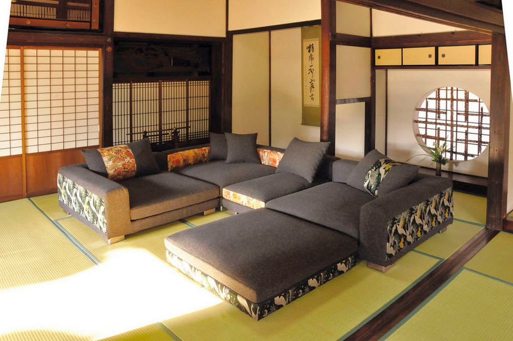 Japanese inspired living room with large sofa for Living room japanese
