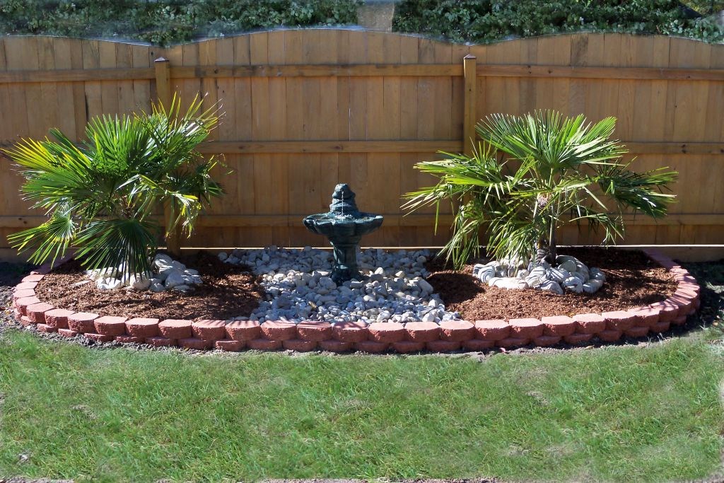 Landscape fountain design ideas good for side lawn or for Lawn and garden landscaping ideas