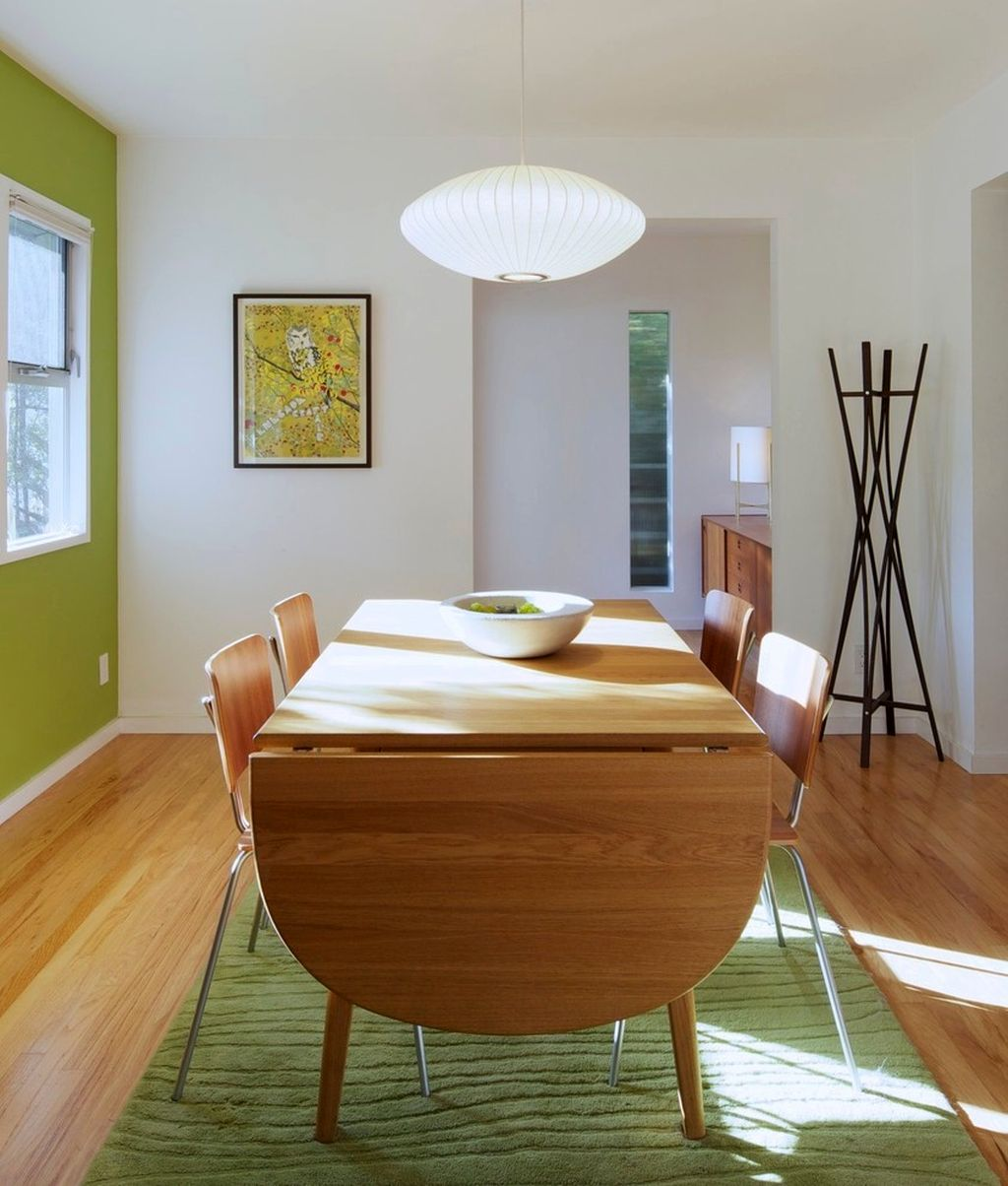 19 delightful lime green accent walls to rejoice your home for Lime green dining room ideas