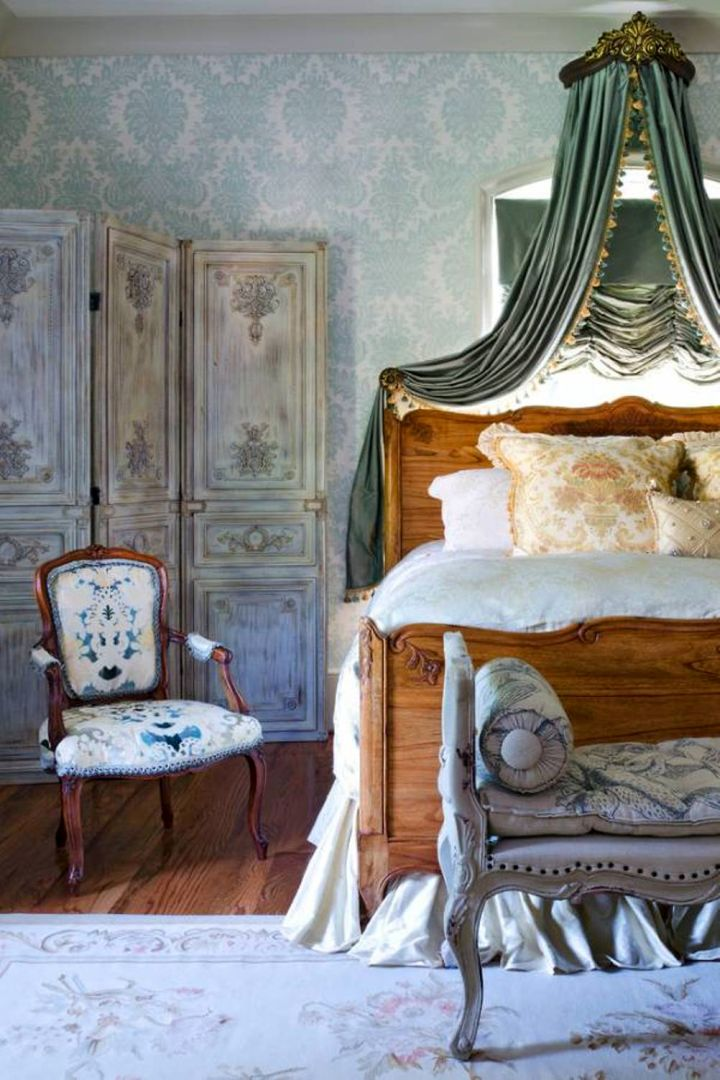 20 deluxe blue and gold bedroom designs for French blue bedroom design