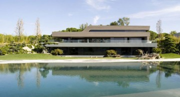 luxurious yacht shaped amazing modern homes